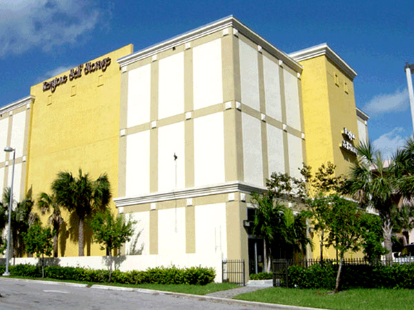 Painting Contractor & Waterproofing Miami White and Yellow Mall