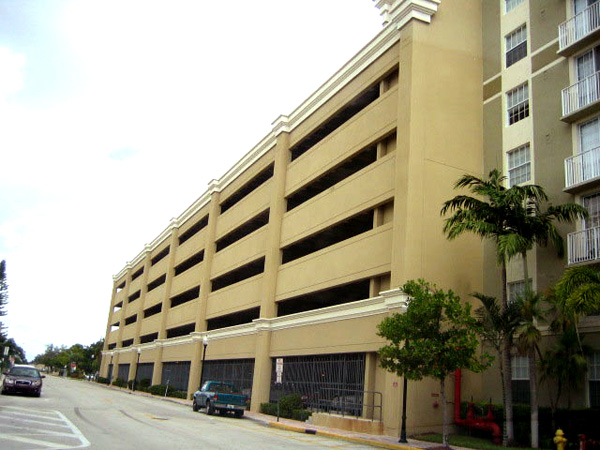 Painting Contractor & Waterproofing Miami Large Commercial Building